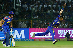 April 22, 2018 - Jaipur, Rajasthan, India - Mumbai Indians bowler Hardik Pandya bowls during the IPL T20 match against  Rajasthan Royals  at Sawai Mansingh Stadium in Jaipur on 22 April,2018.(Photo By Vishal Bhatnagar/NurPhoto) (Credit Image: © Vishal Bhatnagar/NurPhoto via ZUMA Press)