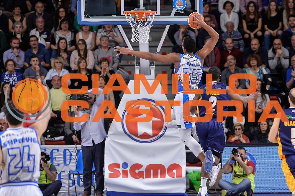 DESCRIZIONE : Beko Legabasket Serie A 2015- 2016 Dinamo Banco di Sardegna Sassari - Manital Auxilium Torino<br /> GIOCATORE : Kenneth Kadji<br /> CATEGORIA : Schiacciata Sequenza Controcampo<br /> SQUADRA : Dinamo Banco di Sardegna Sassari<br /> EVENTO : Beko Legabasket Serie A 2015-2016<br /> GARA : Dinamo Banco di Sardegna Sassari - Manital Auxilium Torino<br /> DATA : 10/04/2016<br /> SPORT : Pallacanestro <br /> AUTORE : Agenzia Ciamillo-Castoria/L.Canu