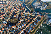 Nederland, Noord-Holland, Hoorn, 28-10-2016; centrum van Hoorn, met de Hoofdtoren op het Hoofd. Binnenhaven en Vluchthaven.<br /> Hoorn historical city centre.<br /> luchtfoto (toeslag op standard tarieven);<br /> aerial photo (additional fee required);<br /> copyright foto/photo Siebe Swart