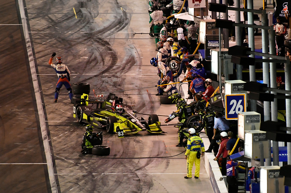 Verizon IndyCar Series<br /> Desert Diamond West Valley Phoenix Grand Prix<br /> Phoenix Raceway, Avondale, AZ USA<br /> Saturday 29 April 2017<br /> Charlie Kimball, Chip Ganassi Racing Teams Honda pit stop<br /> World Copyright: Scott R LePage<br /> LAT Images<br /> ref: Digital Image lepage-170429-phx-4295