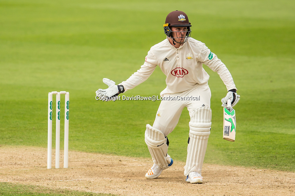 London,UK. 29 August 2017. Should i sty or should i go?Jason Roy batting for Surrey against Middlesex at the Oval on day two of the Specsaver County Championship match at the Oval. David Rowe/ Alamy Live News