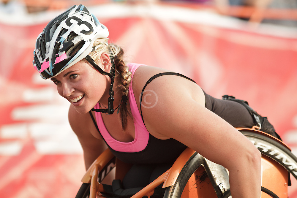 Falmouth Road Race: invitational mile, wheelchair, Jill Moore wins