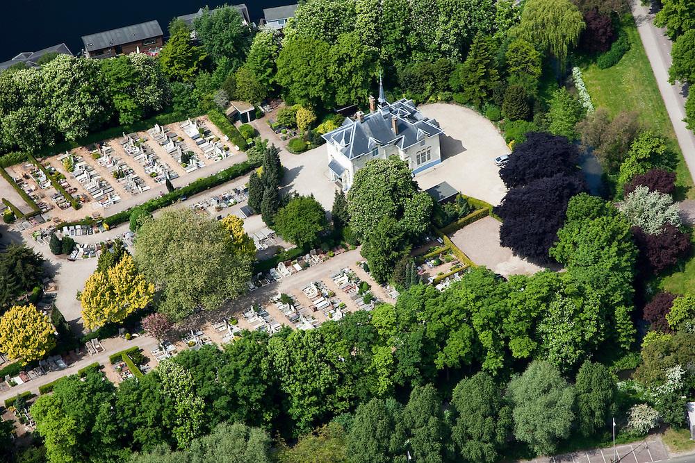 Nederland, Amsterdam, Westerpark, 25-05-2010.  Begraafplaats Vredenhof met aula. .Cemetery Vredenhof with auditorium..luchtfoto (toeslag), aerial photo (additional fee required).foto/photo Siebe Swart