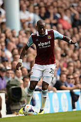 West Ham United's Guy Demel runs with the ball - Photo mandatory by-line: Mitchell Gunn/JMP - Tel: Mobile: 07966 386802 06/10/2013 - SPORT - FOOTBALL - White Hart Lane - London - Tottenham Hotspur V West Ham United - Barclays Premiership