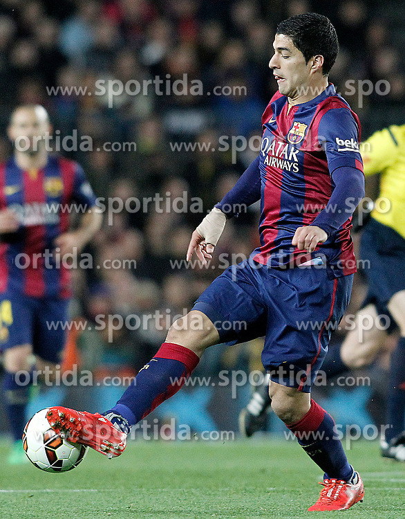 22.03.2015, Camp Nou, Barcelona, ESP, Primera Division, FC Barcelona vs Real Madrid, 28. Runde, im Bild FC Barcelona's Luis Suarez during // during the Spanish Primera Division 28th round match between Barcelona FC and Real Madrid CF at the Camp Nou in Barcelona, Spain on 2015/03/22. EXPA Pictures &copy; 2015, PhotoCredit: EXPA/ Alterphotos/ Acero<br /> <br /> *****ATTENTION - OUT of ESP, SUI*****