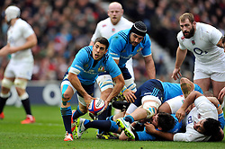 Edoardo Gori of Italy looks to pass the ball - Photo mandatory by-line: Patrick Khachfe/JMP - Mobile: 07966 386802 14/02/2015 - SPORT - RUGBY UNION - London - Twickenham Stadium - England v Italy - Six Nations Championship