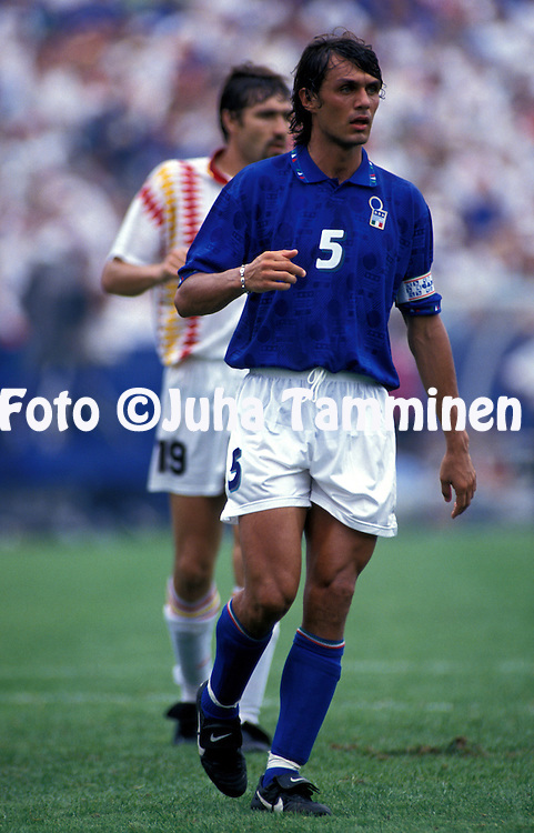 FIFA World Cup - USA 1994.Italy v Spain.Paolo Maldini - Italia.©JUHA TAMMINEN