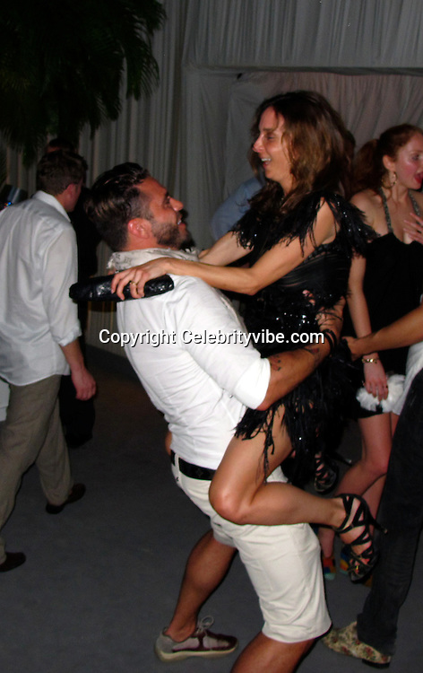**EXCLUSIVE**.Roman Abramovich New Year's Eve Party with Special Performance by Gwen Stefanie. .Private Resident of Russian Billionaire Roman Abramovich..St Barth, Caribbean..Thursday, December 31, 2009..Photo By Celebrityvibe.com.To license this image please call (212) 410 5354; or Email: celebrityvibe@gmail.com ; .website: www.celebrityvibe.com.