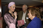 Emma Kitchener-Fellowes, Sir George and Lady Martin. 70th anniversary of the RNIB Talking `book service. Arts Club. Dover St. London.  8 November 2005 . ONE TIME USE ONLY - DO NOT ARCHIVE © Copyright Photograph by Dafydd Jones 66 Stockwell Park Rd. London SW9 0DA Tel 020 7733 0108 www.dafjones.com