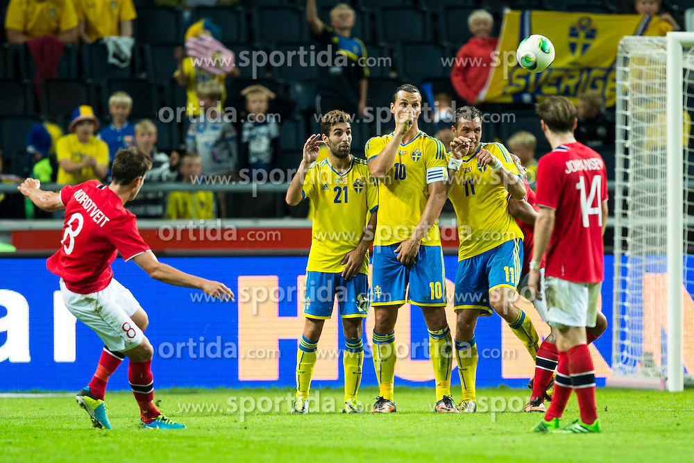 14.08.2013, Friends Arena, Solna, SWE, Testspiel, Schweden vs Norwegen, im Bild Norge 8 Havard Nordtveit tar ett frispark, Fotboll, Landskamp, Sverige, Norge // during the international friendly match between Sweden and Norway at the Friends Arena in Solna, Sweden on 2013/08/14. EXPA Pictures &copy; 2013, PhotoCredit: EXPA/ PicAgency Skycam/ Michael Campanella<br /> <br /> ***** ATTENTION - OUT OF SWE *****