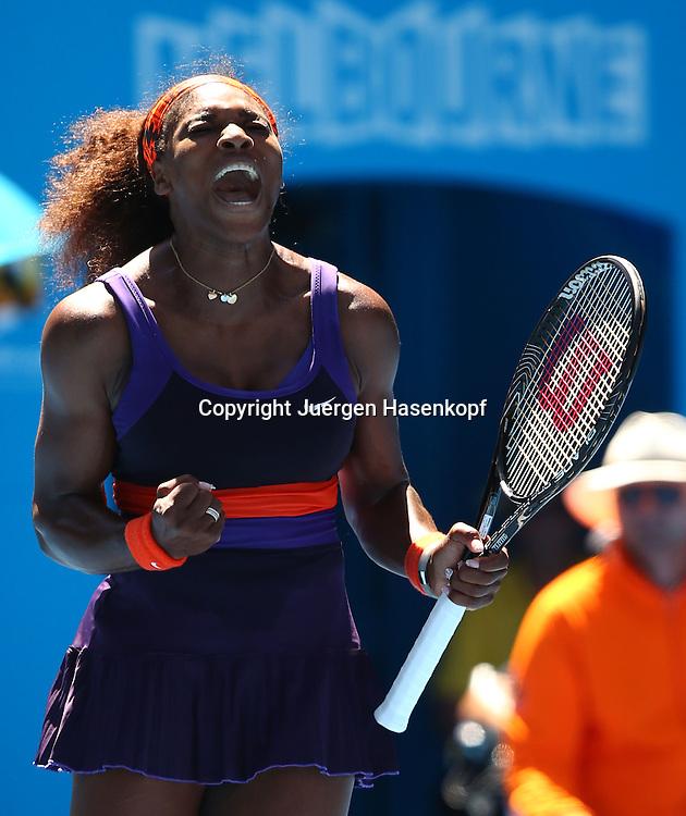 Australian Open 2013, Melbourne Park,ITF Grand Slam Tennis Tournament,.Serena Williams (USA) schreit und feuert sich an,Emotion,Aktion,Einzelbild,.Ganzkoerper,Hochformat,