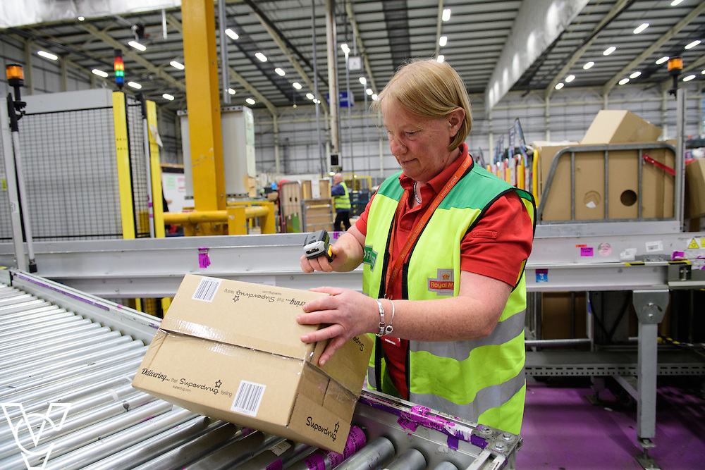 Stock / generic photographs taken at the Royal Mail's Yorkshire Distribution Centre, Normanton.  <br /> <br /> Finger scanning<br /> <br /> Picture: Chris Vaughan Photography<br /> Date: November 15, 2016