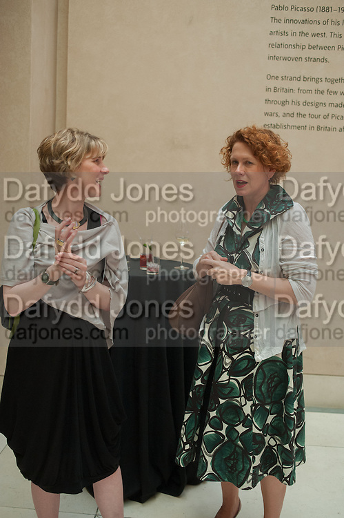 KIRSTIE SKINNER; LIZANN MACGREGOR, Tate Summer party. Tate Britian, Millbank. London. 28 May 2012