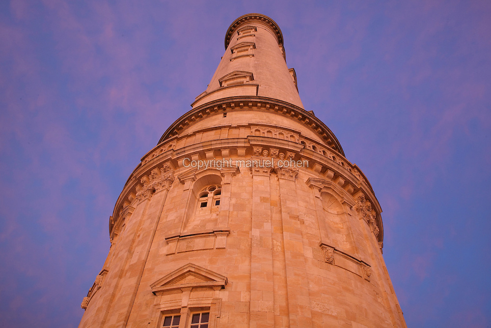 Looking up at the Phare de Cordouan, or Cordouan Lighthouse, built 1584-1611 in Renaissance style by Louis de Foix, 1530-1604, French architect, located 7km at sea, near the mouth of the Gironde estuary, Aquitaine, France. This is the oldest lighthouse in France. There are 4 storeys, with keeper apartments and an entrance hall, King's apartments, chapel, secondary lantern and the lantern at the top at 68m. Parabolic lamps and lenses were added in the 18th and 19th centuries. The lighthouse is listed as a historic monument. Picture by Manuel Cohen