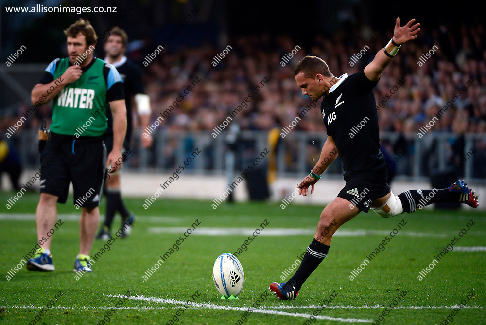Aaron Cruden of the All Blacks looks to covert, during to the Rugby Championship Match between the New Zealand All Blacks against the Australian Wallabies, at Forsyth Barr Stadium, Dunedin, Otago, New Zealand, 19 October 2013. Credit: Joe Allison / allisonimages.co.nz