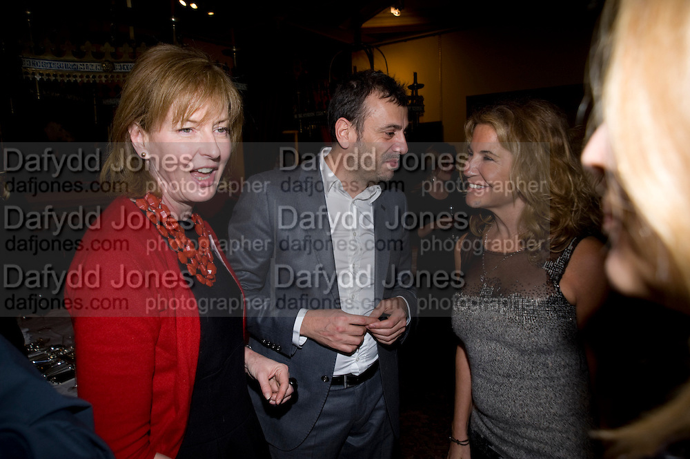 JULIA PEYTON-JONES; KUTLUK ATAMAN; AYCEGUL DINCKOK, fff. Video instalation by Kutluk Ataman. Thomas Dane Gallery, Duke st. Afterwards at Ivor Braka's house. Chelsea. London. 12 March 2009