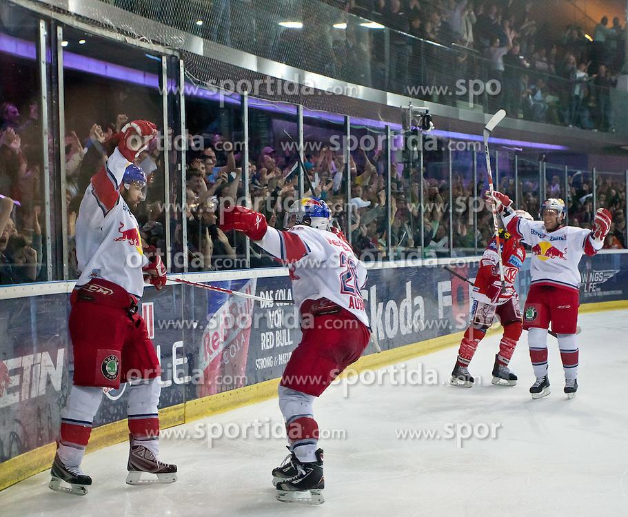 03.04.2011, Volksgarten Arena, Salzburg, AUT, EBEL, FINALE, EC RED BULL SALZBURG vs EC KAC, im Bild Torjubel bei Salzburg nach dem 3 zu 2 Führungstreffer druch Ramzi Abid, (EC RED BULL SALZBURG, #19) // during the EBEL Eishockey Final, EC RED BULL SALZBURG vs EC KAC at the Volksgarten Arena, Salzburg, 04/03/2011, EXPA Pictures © 2011, PhotoCredit: EXPA/ J. Feichter