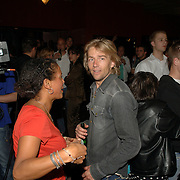 NLD/Amsterdam/20060503 - Herpremiere musical Turks Fruit Amsterdam, cast, voorstelling, Anthonie Kamerling