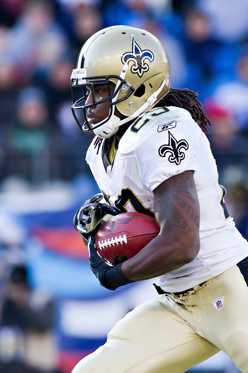 NASHVILLE, TN - DECEMBER 11:   Chris Ivory #29 of the New Orleans Saints runs the ball against the Tennessee Titans at LP Field on December 11, 2011 in Nashville, Tennessee.  The Saints defeated the Titans 22-17.  (Photo by Wesley Hitt/Getty Images) *** Local Caption *** Chris Ivory