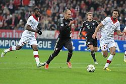 07-11-2012 VOETBAL: UEFA CLFC BAYERN MUNCHEN - OSC LILLE: MUNCHEN<br /> Aurelien CHEDJOU (OSC Lille - 22), Arjen ROBBEN (FC Bayern Muenchen), Toni KROOS (FC Bayern Muenchen) und Marko BASA (OSC Lille - 25)<br /> ***NETHERLANDS ONLY***<br /> ©2012-FotoHoogendoorn.nl