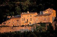 France - Provence - Vaucluse - Oppède le Vieux