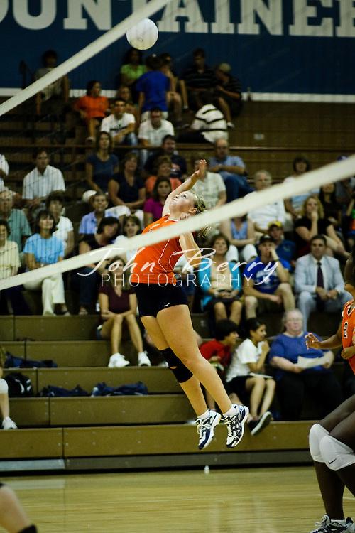 MCHS Varsity Volleyball .vs Orange .8/27/09