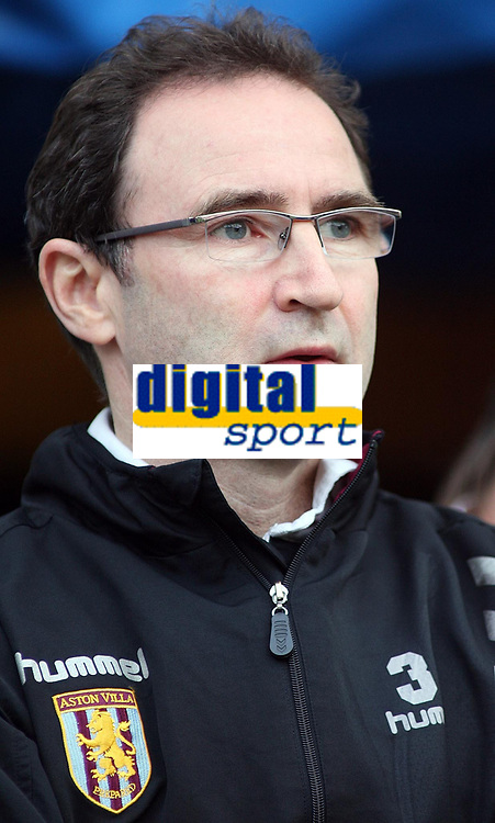 Photo: Paul Thomas.<br /> Wigan Athletic v Aston Villa. The Barclays Premiership. 19/11/2006.<br /> <br /> Martin O'Neill, Villa manager.