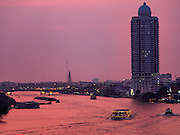 23 MARCH 2016 - BANGKOK, THAILAND: The Chao Phraya River in Bangkok at sunset.      PHOTO BY JACK KURTZ