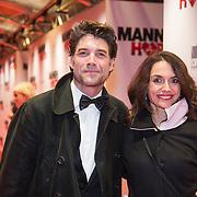 NLD/Amsterdam/20131125 - Filmpremiere Mannenharten, Daniel Boissevain en partner Vanessa Henneman