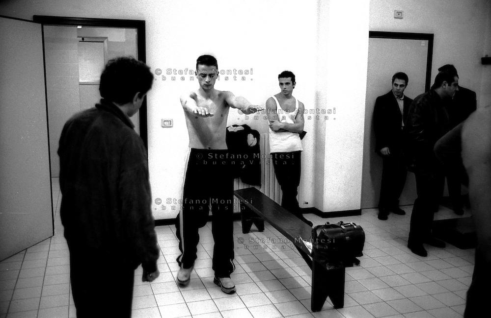 Roma Palazetto dello Sport.Boxe, visita medica prima di un incontro di pugilato dilettanti