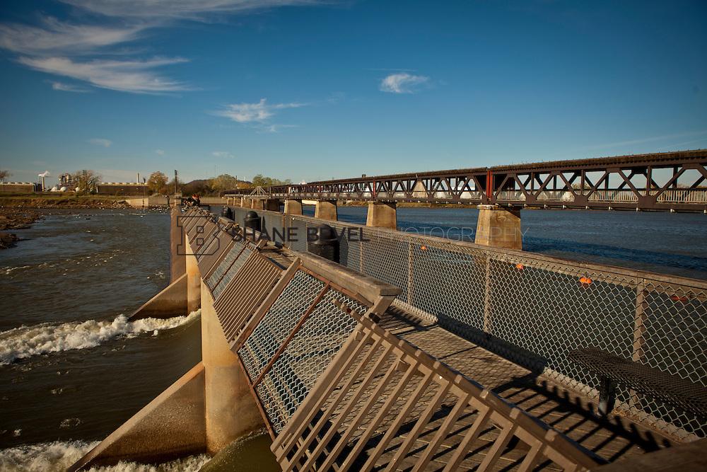 11/18/11 10:30:21 AM -- Riverside photos for Tulsa Community Foundation. ..Photo by Shane Bevel