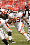 KANSAS CITY, MO - SEPTEMBER 10:  Linebacker Kendrell Bell #99 of the Kansas City Chiefs during a game against the Cincinnati Bengals on September 10, 2006 at Arrowhead Stadium in Kansas City, Missouri.  The Bengals won 23 to 10.  (Photo by Wesley Hitt/Getty Images)***Local Caption***Kendrell Bell