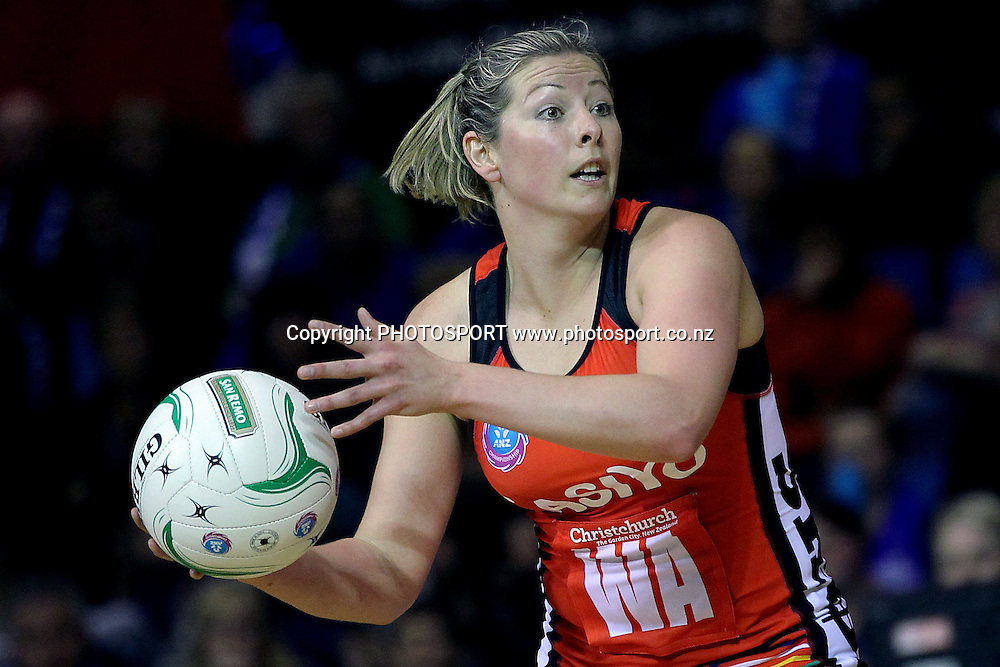 Tactix's Anna Thompson in action. ANZ Netball Championship, Northern Mystics v Canterbury Tactix, Trusts Stadium, Auckland, New Zealand. Sunday 27th May 2012. Photo: Anthony Au-Yeung / photosport.co.nz
