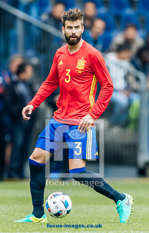 Gerard Pique of Spain during the International Friendly match at Red Bull Arena, Salzburg<br /> Picture by EXPA Pictures/Focus Images Ltd 07814482222<br /> 01/06/2016<br /> ***UK &amp; IRELAND ONLY***<br /> (filename}