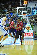 DESCRIZIONE : Sassari Lega A 2012-13 Dinamo Sassari Angelico Biella<br /> GIOCATORE : Robinson Russel<br /> CATEGORIA : Palleggio<br /> SQUADRA : Angelico Biella<br /> EVENTO : Campionato Lega A 2012-2013 <br /> GARA : Dinamo Sassari Angelico Biella<br /> DATA : 30/09/2012<br /> SPORT : Pallacanestro <br /> AUTORE : Agenzia Ciamillo-Castoria/M.Turrini<br /> Galleria : Lega Basket A 2012-2013  <br /> Fotonotizia : Sassari Lega A 2012-13 Dinamo Sassari Angelico Biella<br /> Predefinita :