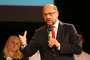 Mannheim. 19.09.17 | SPD-Kanzlerkandidat Martin Schulz im Capitol Mannheim.<br /> Im Wahlkampf zur Bundestagswahl unterstützt Kanzlerkandidat Martin Schulz Mannheims SPD Bundestagsabgeordneter Stefan Rebmann.<br /> <br /> <br /> BILD- ID 2371 |<br /> Bild: Markus Prosswitz 19SEP17 / masterpress (Bild ist honorarpflichtig - No Model Release!)