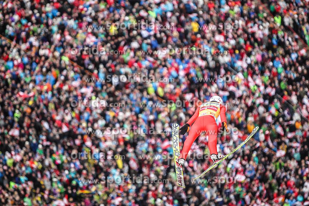 04.01.2014, Bergisel Schanze, Innsbruck, AUT, FIS Ski Sprung Weltcup, 62. Vierschanzentournee, Innsbruck, Bewerb, im Bild Kamil Stoch (POL) // Kamil Stoch (POL) during Competition of 62nd Four Hills Tournament of FIS Ski Jumping World Cup at the Bergisel Schanze in Innsbruck, Austria on 2014/01/04. EXPA Pictures © 2014, PhotoCredit: EXPA/ JFK