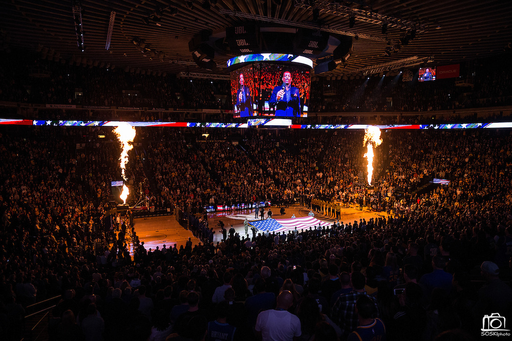The Golden State Warriors host the Los Angeles Lakers at Oracle Arena in Oakland, Calif., on November 23, 2016. (Stan Olszewski/Special to S.F. Examiner)