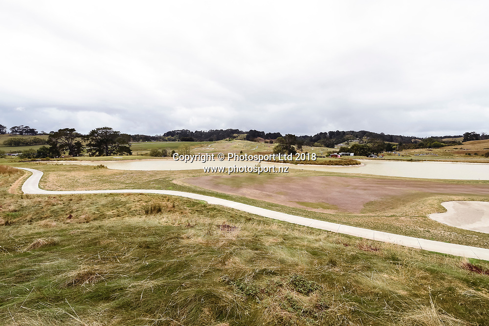 Wainui Golf Course general view, 9th hole fairway and water feature.<br /> NZ Rebel Sports Masters, Wainui Golf Club, Wainui, Auckland, New Zealand. 14 January 2018. &copy; Copyright Image: Marc Shannon / www.photosport.nz.
