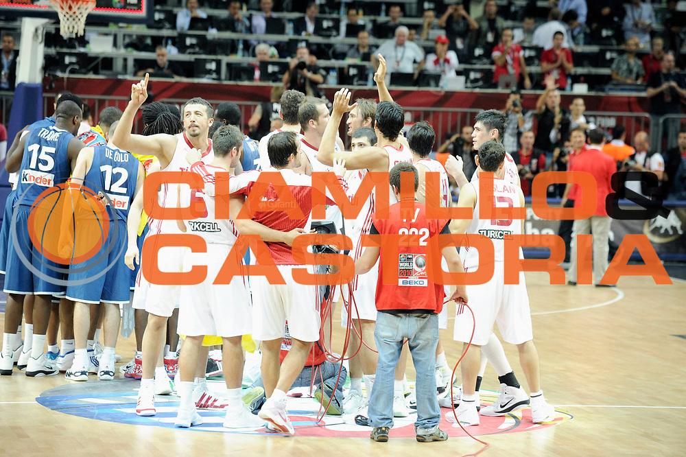 DESCRIZIONE : Championnat Du Monde 2010 Turquie Istanbul  1/8 Finale<br /> GIOCATORE : Turquie<br /> SQUADRA : Turquie<br /> EVENTO : Championnat du monde 2010<br /> GARA : France Turquie<br /> DATA : 5/09/2010<br /> CATEGORIA : Basketball Action Homme<br /> SPORT : Basketball<br /> AUTORE : JF Molliere FFBB par Agenzia Ciamillo-Castoria <br /> Galleria : France Basket Championnat du monde 2010<br /> Fotonotizia : Championnat du monde Turquie Istambul Jour 9<br /> Predefinita :