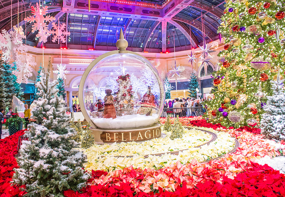 LAS VEGAS - DEC 04 : Winter season in Bellagio Hotel Conservatory & Botanical Gardens on December 04 ,2014 in Las Vegas. There are five seasonal themes that the Conservatory undergoes each year.