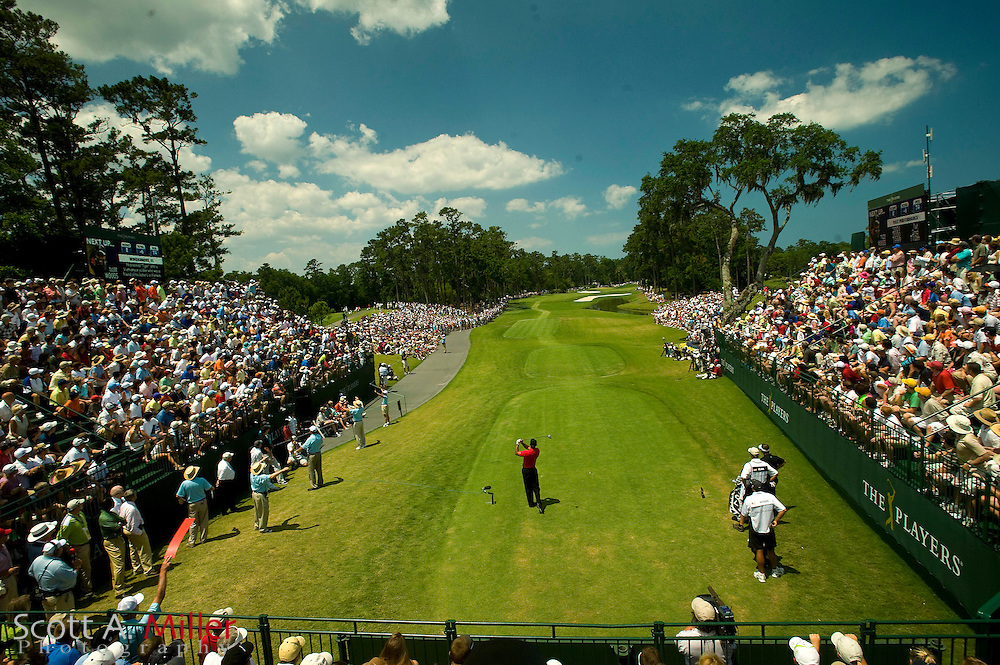 Tiger Woods tees off on the first hole during the final round of the Players at TPC Sawgrass on May 10, 2009 in Ponte Vedra Beach, Florida.     ©2009 Scott A. Miller