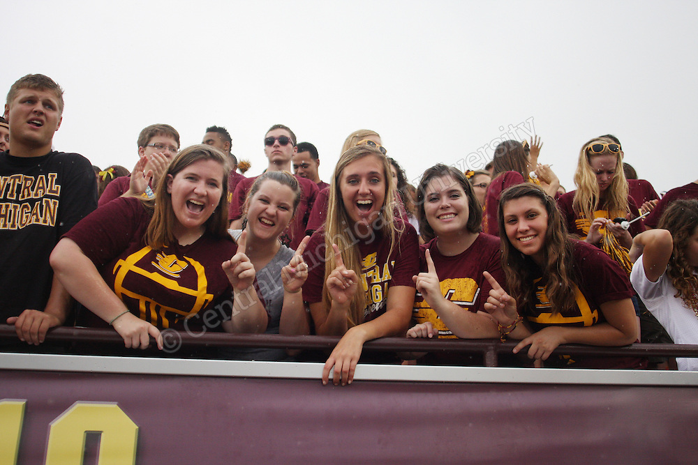 CMU football game day v New Hampshire 2013. Photos by Charlotte Bodak/Central Michigan University