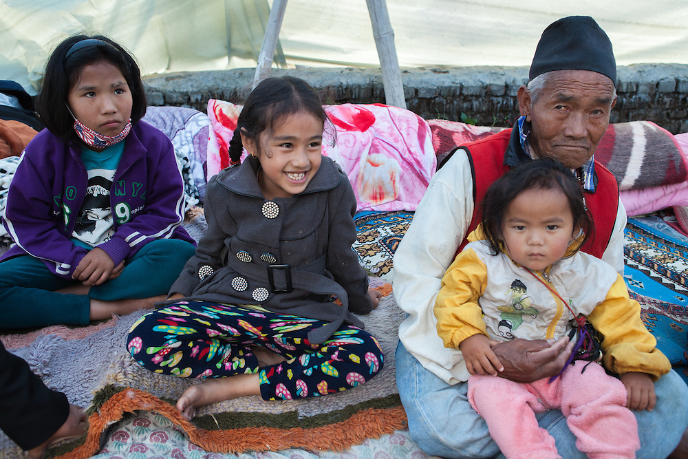 Chimi Lama (8,f), Guru Lama (82), Sange Lama (15months,m), Thashi Yanjim Lama (12,f)