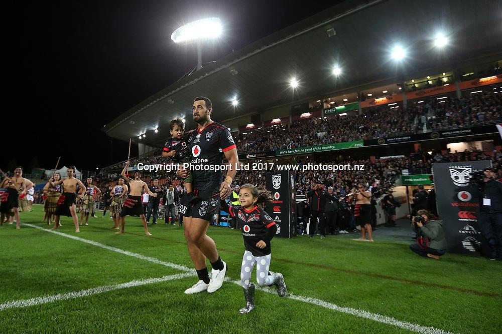 Ben Matulino runs onto the field for his 200th NRL match. Vodafone Warriors v  St George Illawarra Dragons. NRL Rugby League. Waikato Stadium, Hamilton, New Zealand. Friday 19 May 2017 © Copyright Photo: Bruce Lim / www.Photosport.nz