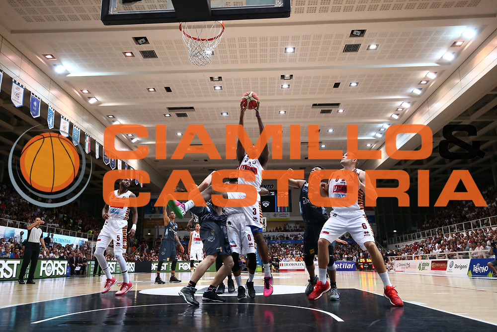 Andrea Bernardi<br /> Dolomiti Energia Aquila Basket Trento - Umana Reyer Venezia <br /> Lega Basket Serie A 2016/17 Finali Gara 04<br /> Trento, 16/06/2017<br /> Foto Ciamillo-Castoria