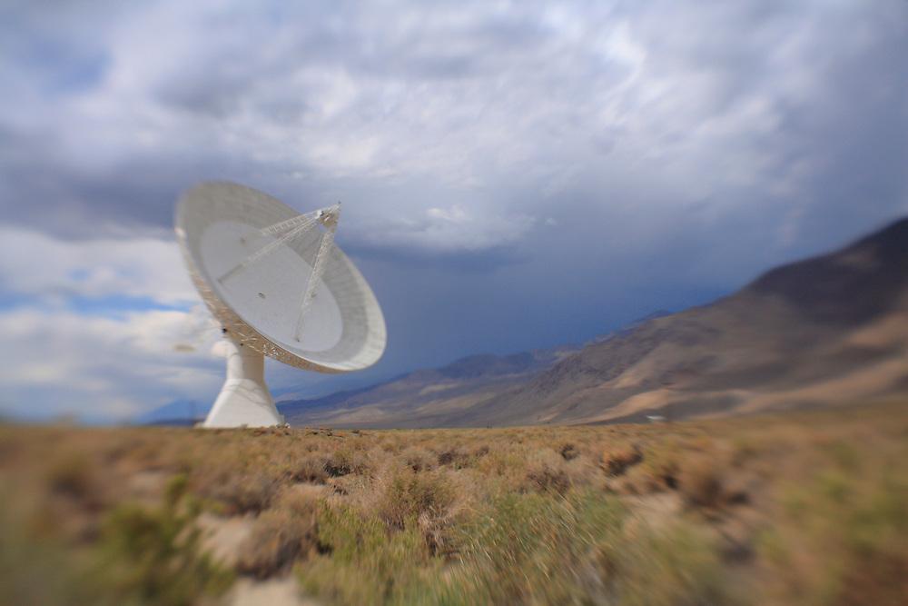 Radio Telescope - North Owens Valley - Lensbaby
