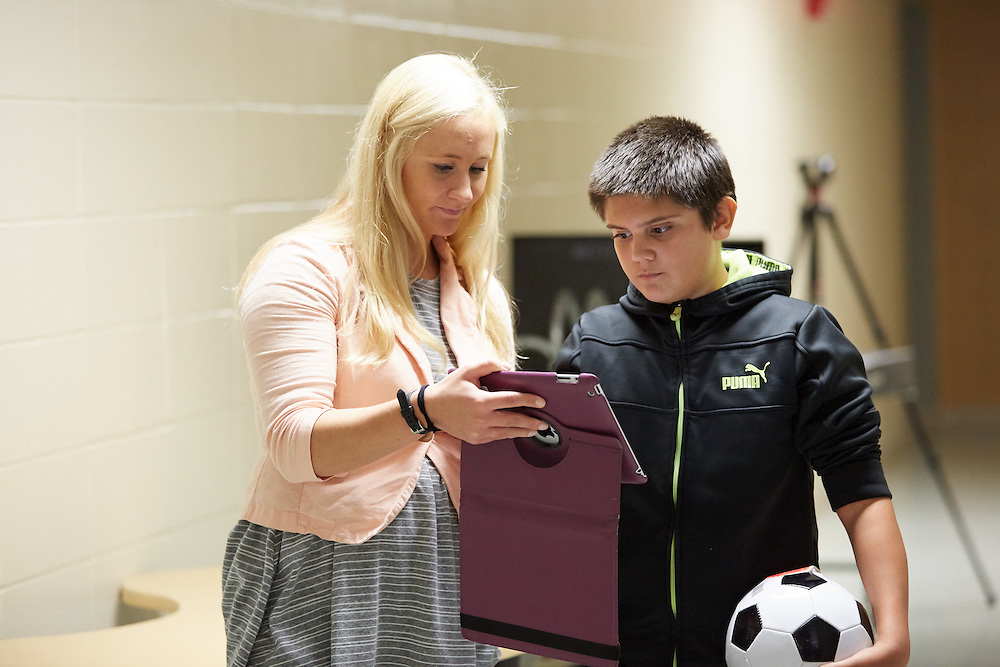 Activity; Teaching; Research; Location; Inside; Classroom; People; Children; Time/Weather; day; Type of Photography; Candid; UWL UW-L UW-La Crosse University of Wisconsin-La Crosse; Longfellow middle school students use PockLabs to learn about physics. A SOE grant funded the purchase.