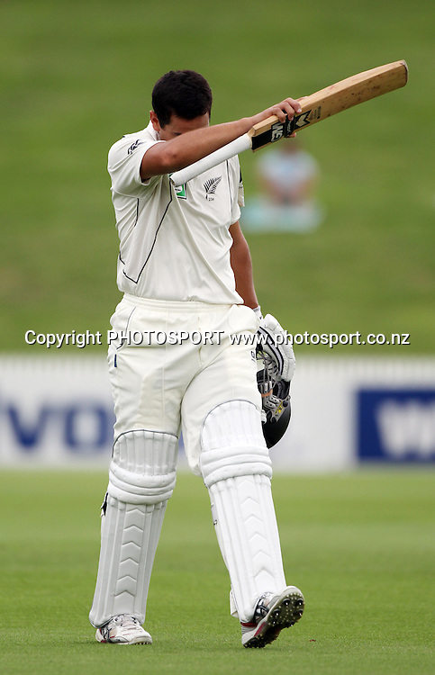 New Zealand's Ross Taylor shows his disappointment after being dismissed for 40.<br />Day 1. Test match cricket. One off test.<br />New Zealand Black Caps versus Bangladesh.<br />Seddon Park, Hamilton, New Zealand.<br />Monday 15 February 2010.<br />Photo: Andrew Cornaga/PHOTOSPORT