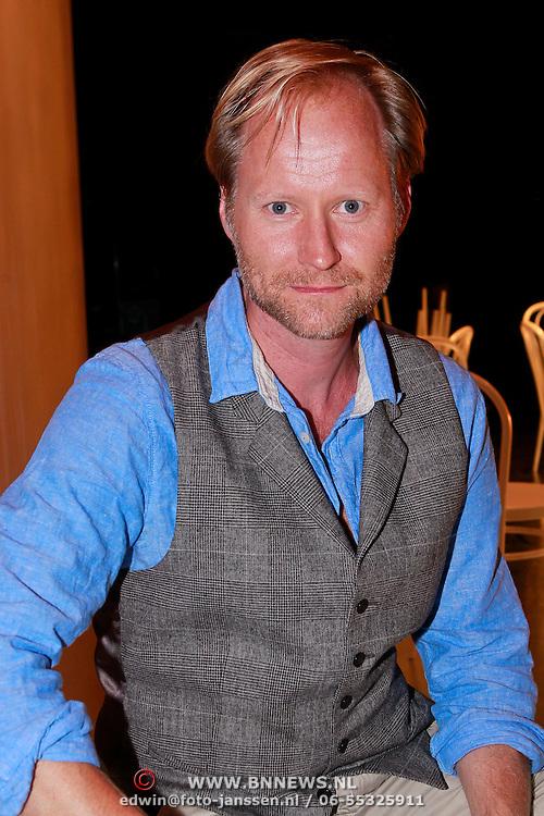 NLD/Amsterdam/20110905 - Presentatie cast When Harry Met Sally, Ad Knippels
